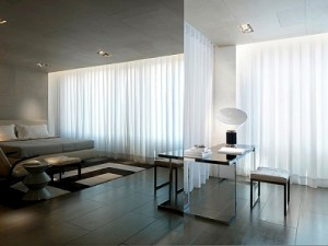 Modern_curtains_for_living_room